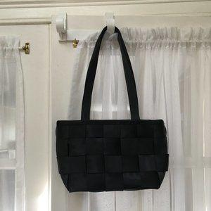 The Original Seatbelt Bag by Harveys
